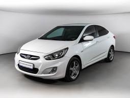 Hyundai Solaris 1.4 AT (107 л. с.)