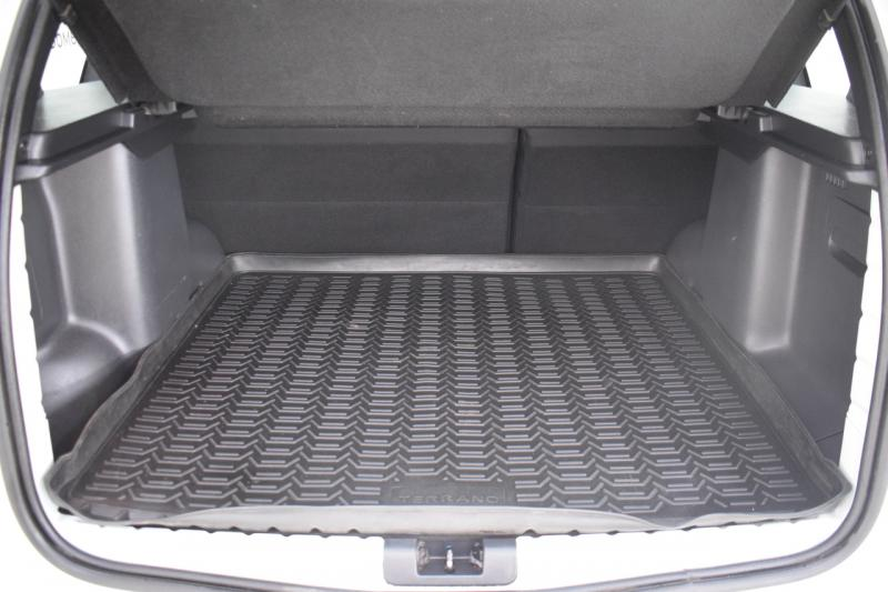 Nissan Terrano 2.0 MT AWD (143 л. с.) Comfort