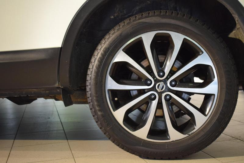 Nissan Qashqai+2 2.0 CVT AWD (141 л. с.)