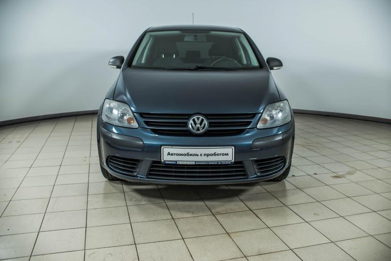 Volkswagen Golf 1.6 MT (101л.с.)