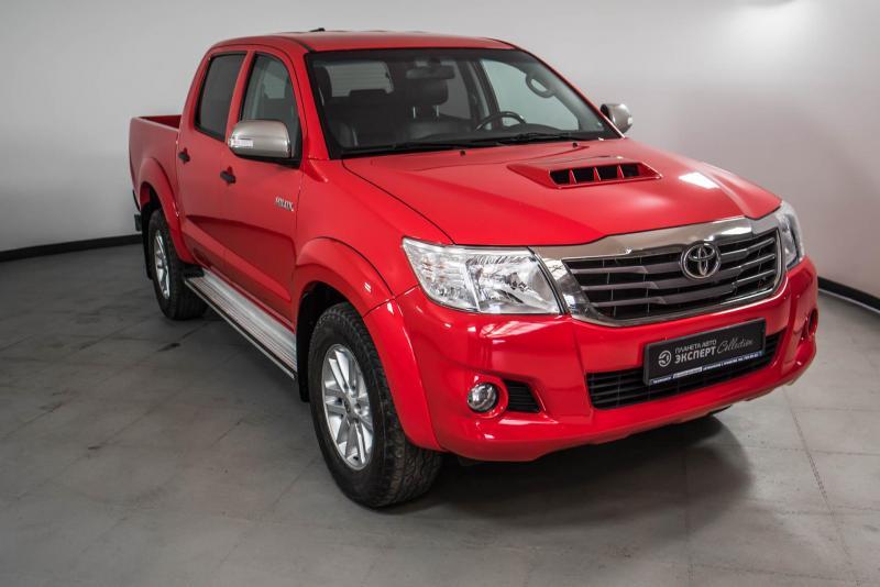 Toyota Hilux 3.0 TD AT AWD (171 л. с.)