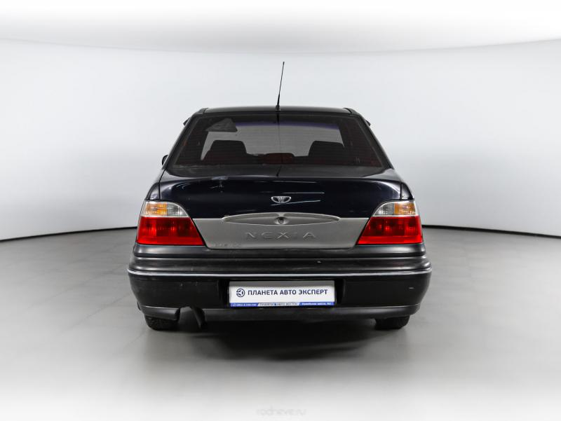 Daewoo Nexia 1.5 MT (75 л. с.)