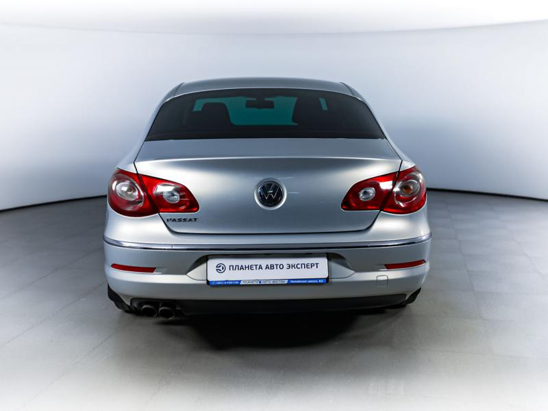Volkswagen Passat CC 2.0 TDI MT (140 л. с.)
