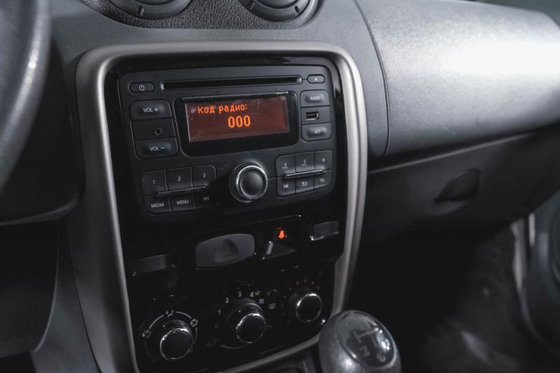 Renault Duster 1.6 MT (102 л. с.)