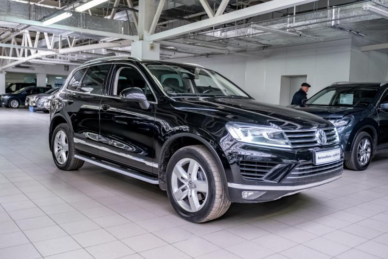 Volkswagen Touareg 3.6 FSI Tiptroniс 4Motion (249 л. с.)