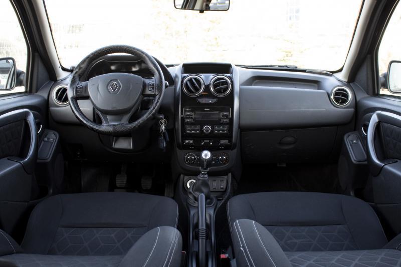 Renault Duster 1.6 MT 4x4 (114 л. с.)